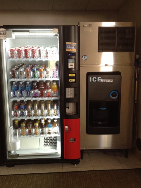 Drink and ice machine