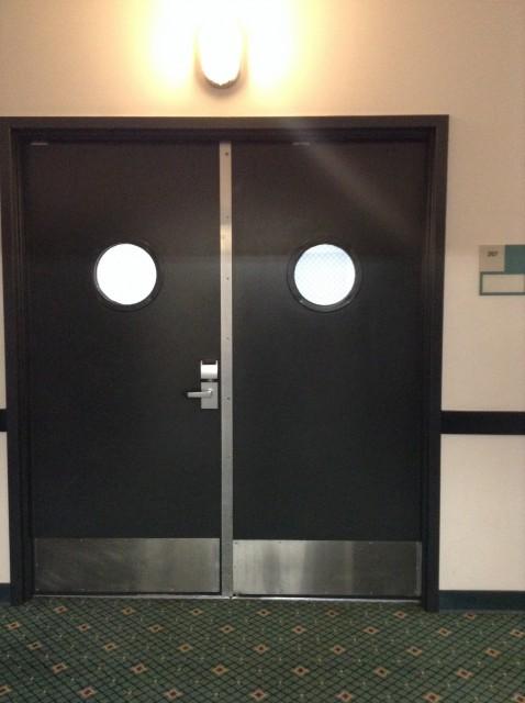 Double doors to 207